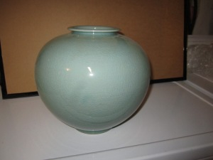 28 - Vase - H-8