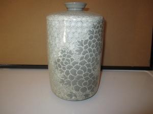 76- Vase